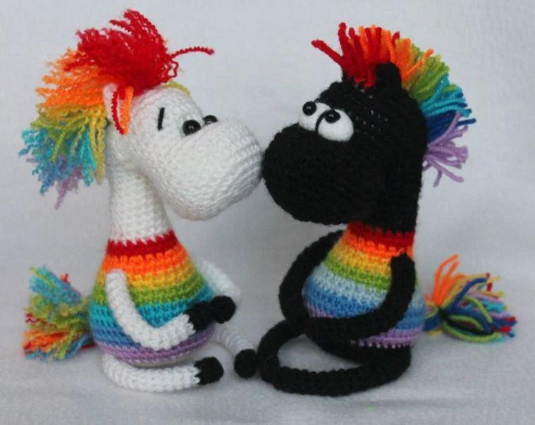 Amigurumi cavallini arcobaleno free pattern schemi gratis amigurumi amigurumi free dowload
