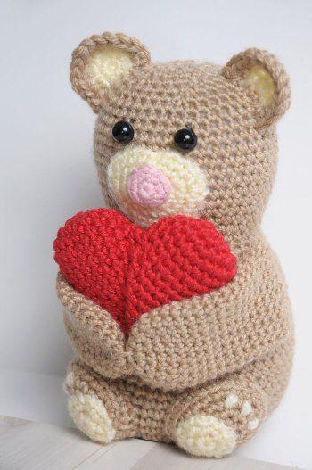 Amigurumi Angeli Schemi : Amigurumi orsetto abbracciacuore - Free Amigurumi