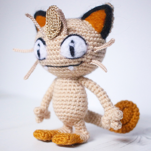 Meowth pokemon free amigurumi