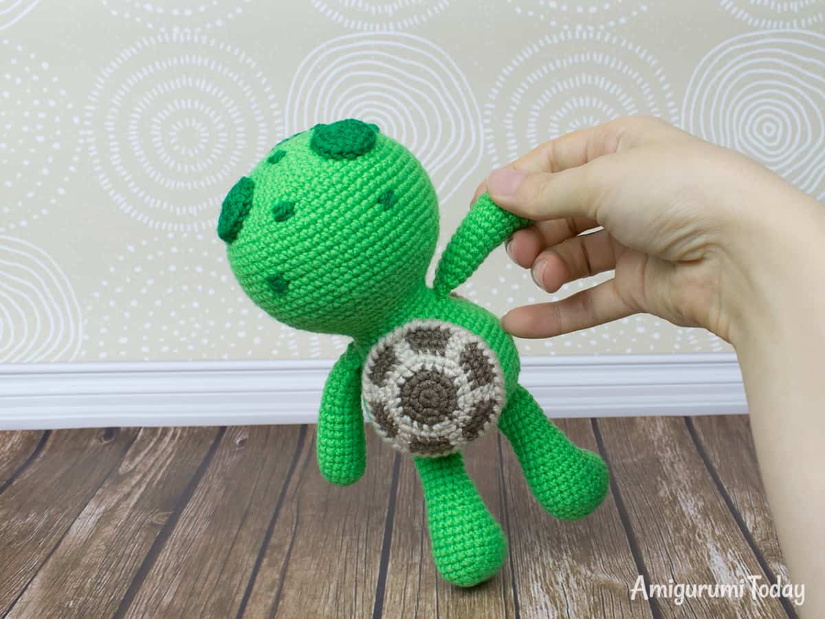 Amigurumi crochet pattern, Mini Clown - Peggy Sew | 900x1200